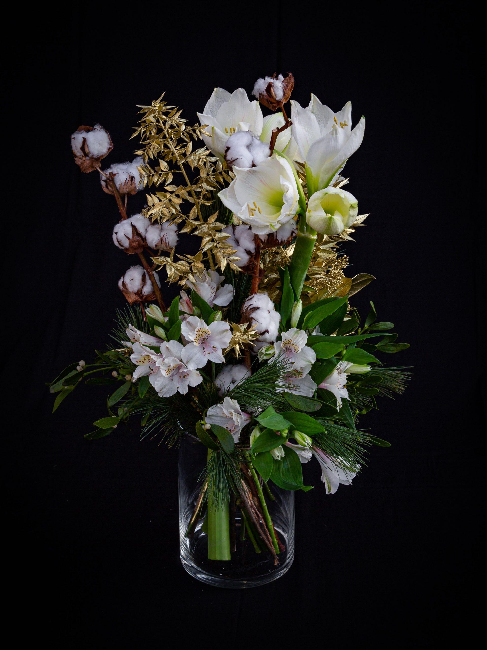 Blumenstrauß in weiß gold